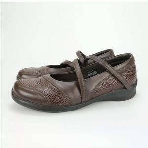 Aetrex Julia Mary Jane Leather Shoes 8.5 Wide